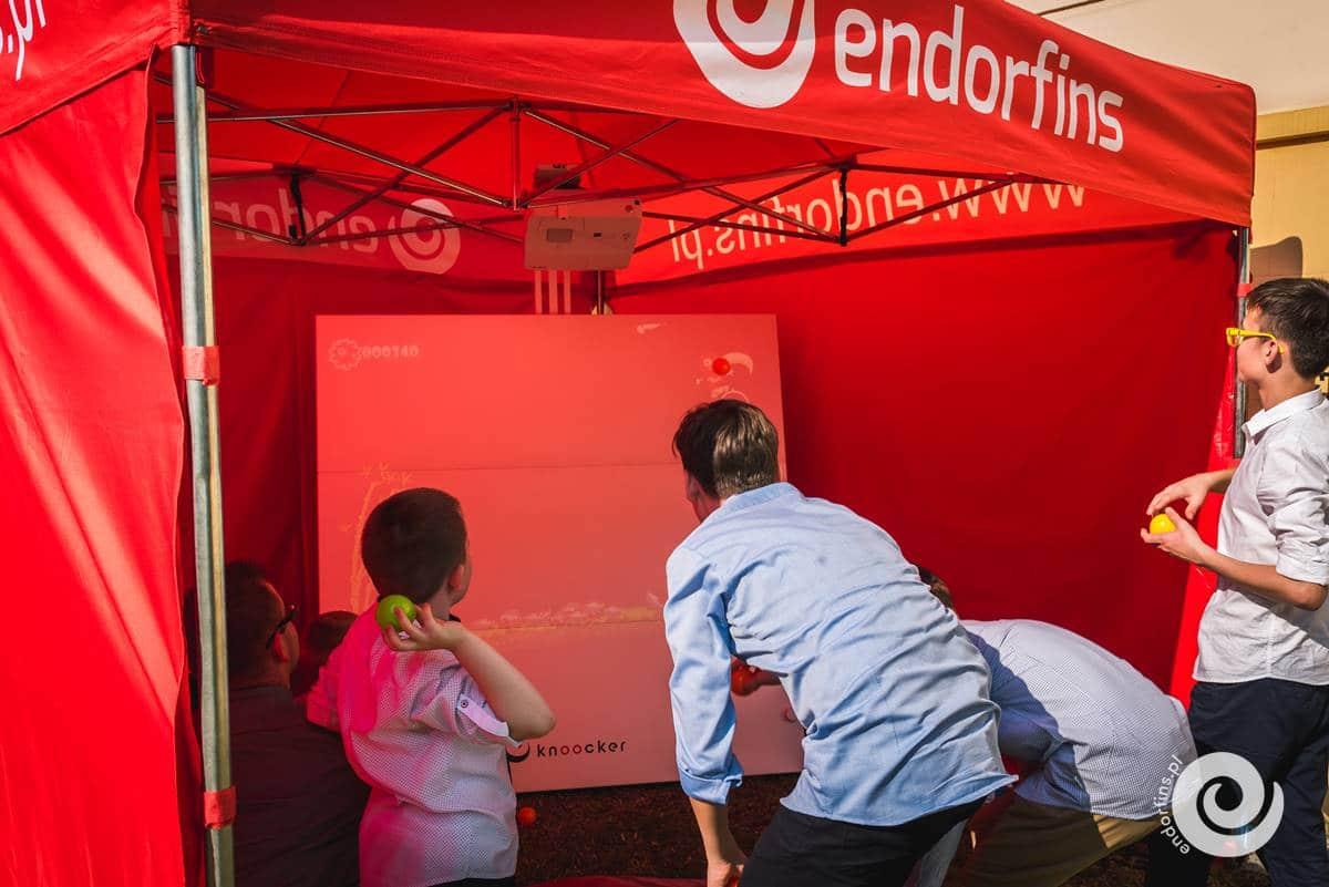knoocker-interaktywna-ścianka-podłoga-multimedialna-warszawa-łódź-endorfins.pl-001