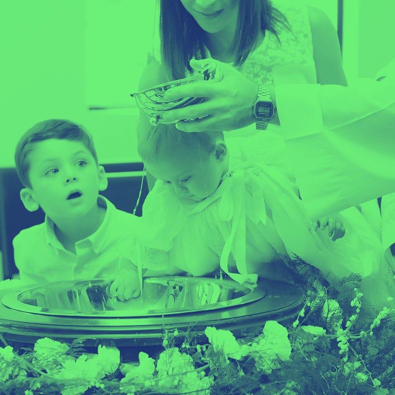 organizacjia-atrakcji-dla-dzieci-w-czasie-trwania-chrzcin-dziecka-animator-zabaw